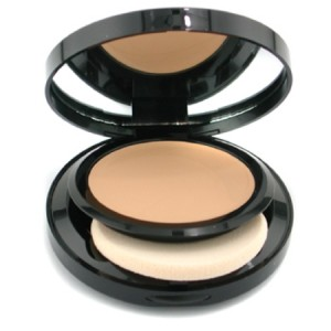 Bobbi-Brown-Moisturizing-Cream-Compact-Foundation-03-Beige-8g-0-28oz