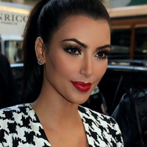 kim-kardashian-tbt-makeup-by-joyce-throwback-thursday_0
