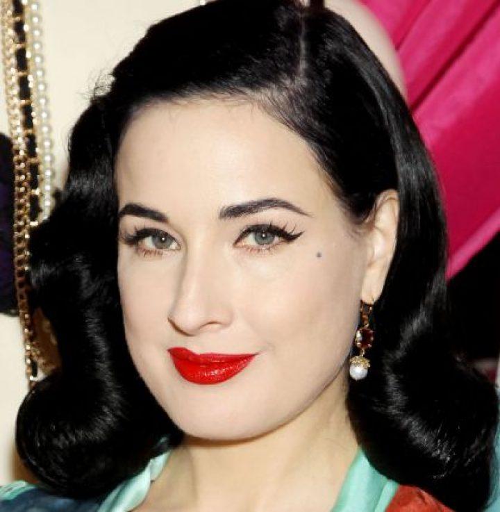 Maquillaje paso a paso – Dita Von Teese