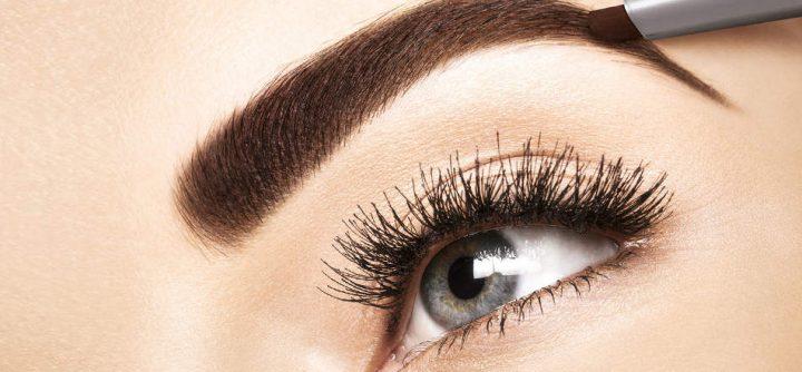 Cómo depilar las cejas paso a paso en función del tipo de cara